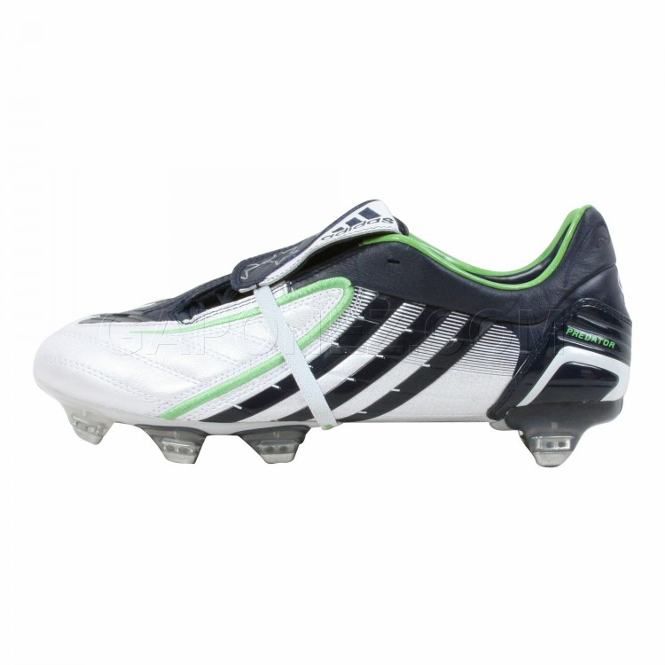 Adidas_Soccer_Shoes_Predator_Absolion_PowerSwerve_TRX_SG_666187_1.jpeg