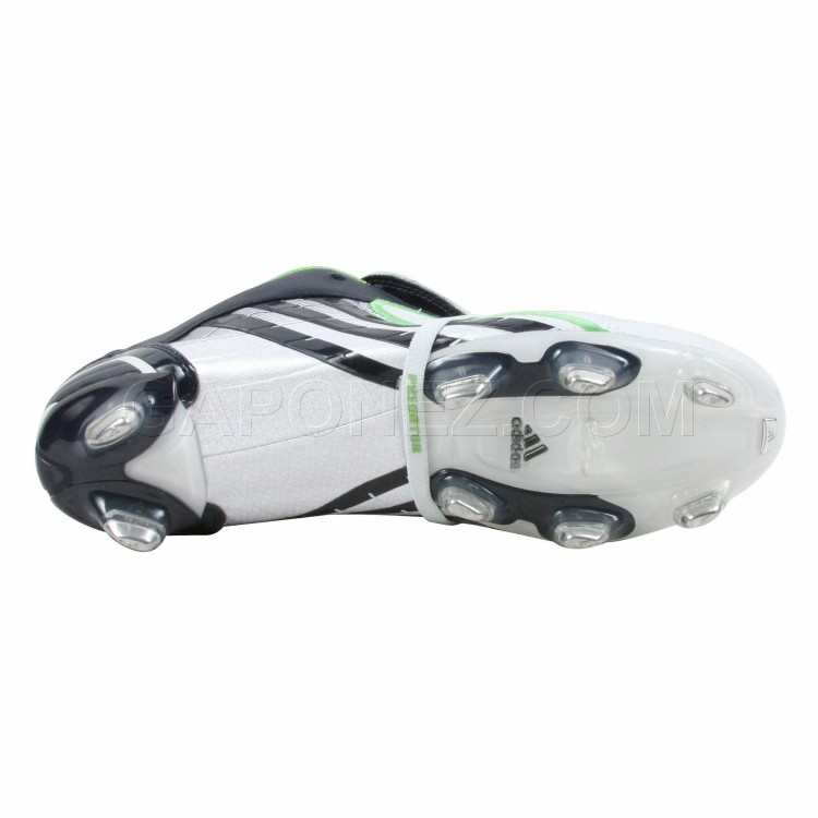 Adidas_Soccer_Shoes_Predator_Absolion_PowerSwerve_TRX_SG_666187_6.jpeg
